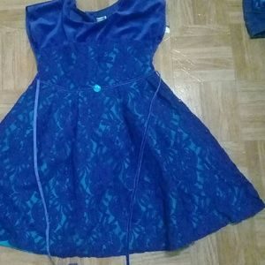 Girl's blue dress: size 7/ used